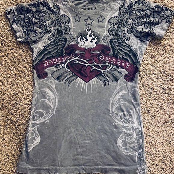 Sinful Tops - Sinful T-Shirt size small